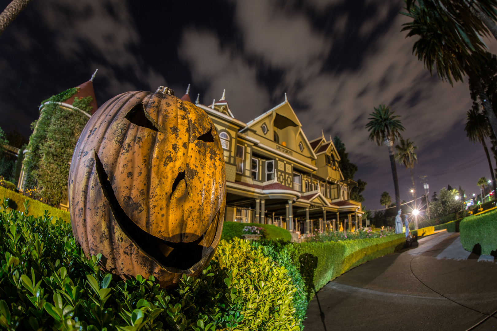 All Hallows' Eve at Winchester Mystery House - All Hallows' Eve at Winchester Mystery House